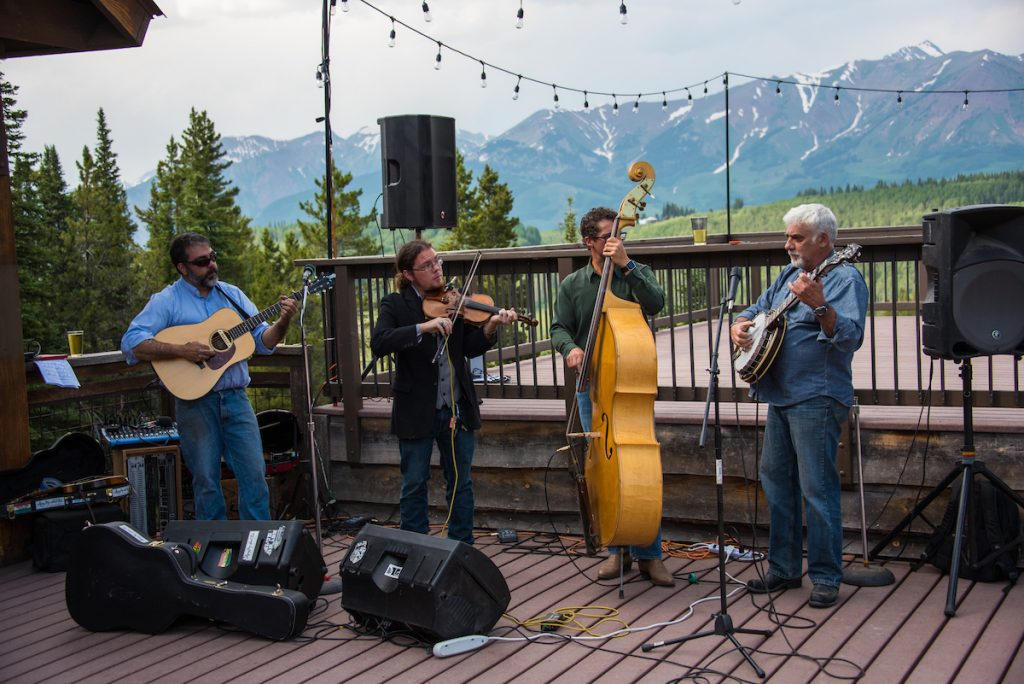 Jessica + Jake's Mt. Crested Butte Vibe Wedding